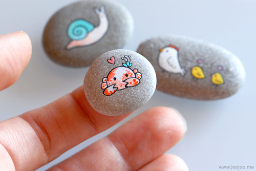 painted pebbles2
