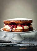 limOncello balsamic strawberry victoria sponge teacake