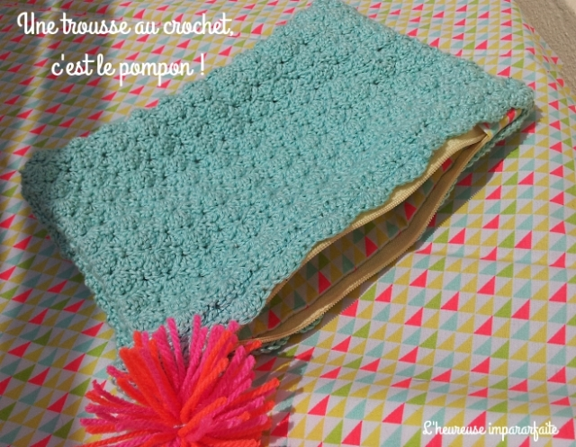 pochette bleue crochet finie 4