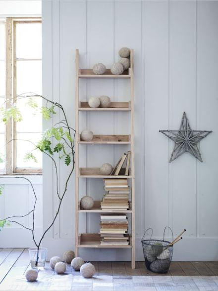 D co escabeaux et belles chelles l 39 heureuse imparfaite for Decoration interieur en bois